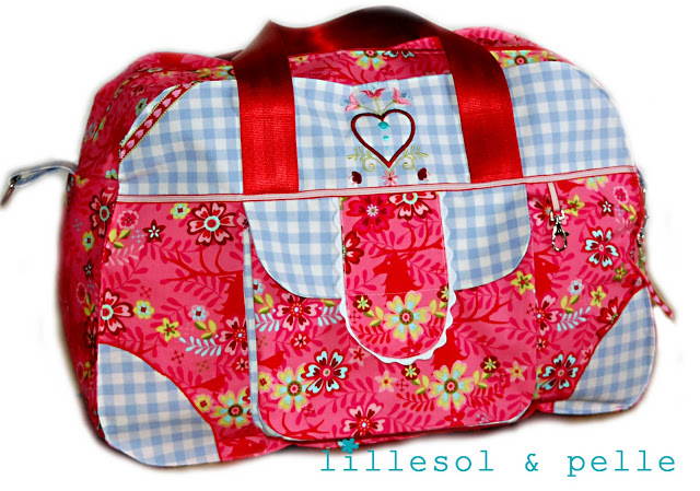 little-holiday-bag-16