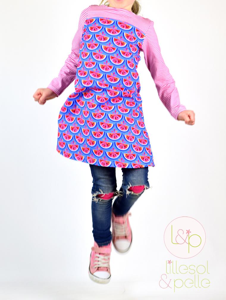 Ebook Schnittmuster Kleid aus Jersey mit Passe zum Knöpfen und Uboot-Ausschnitt aus Melontropic von Hamburger Liebe